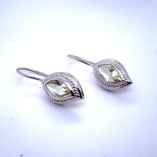 Sterling Silver Earrings. Swede's Jewelers East Windsor, CT