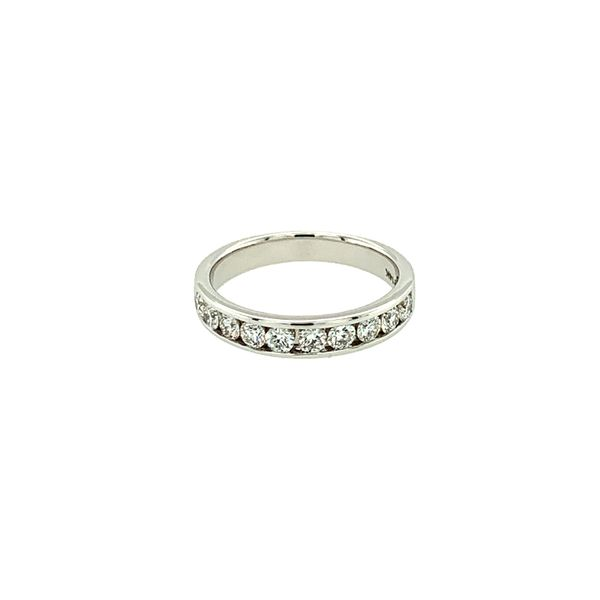 0.70CT T.W ROUND DIAMOND 14KT WHITE GOLD BAND