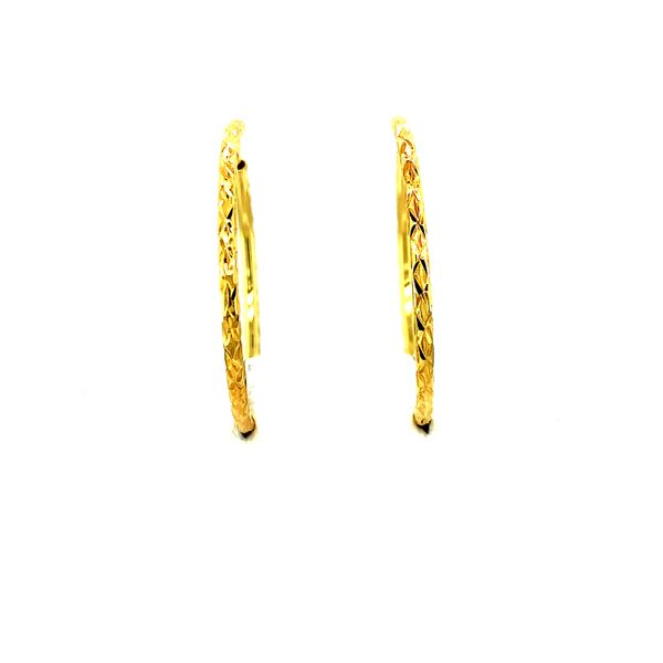 30MM 10KT YELLOW DIAMOND CUT HOOP EARRINGS Taylors Jewellers Alliston, ON