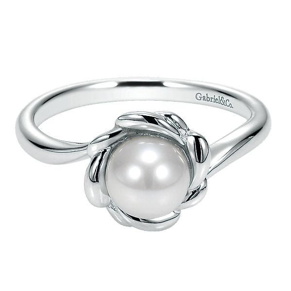 Sterling Silver Flower Ring With One 6.00Mm Fresh Water White Pearl Carroll's Jewelers Doylestown, PA