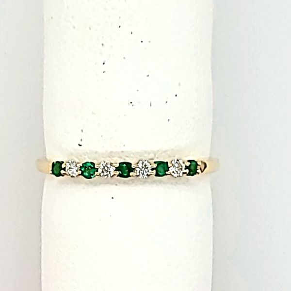 EMERALD RING | DIAMOND RING | 14 KARAT YELLOW GOLD Van Scoy Jewelers Wyomissing, PA