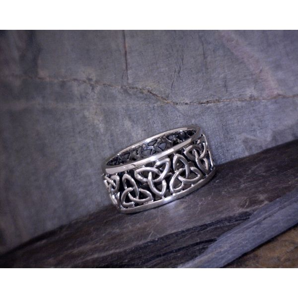 Sterling Silver Triquetra Ring Vulcan's Forge LLC Kansas City, MO