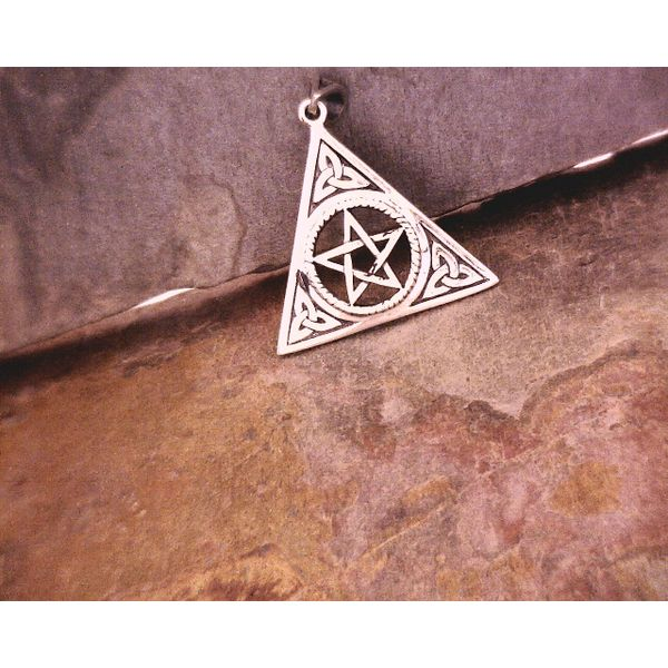 SS Pentacle with Celtic knot Detail Vulcan's Forge LLC Kansas City, MO