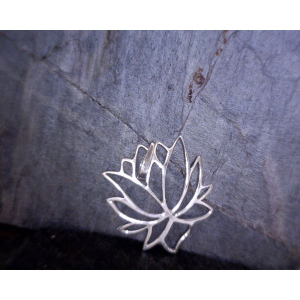 Sterling Silver Lotus Pendant Vulcan's Forge LLC Kansas City, MO