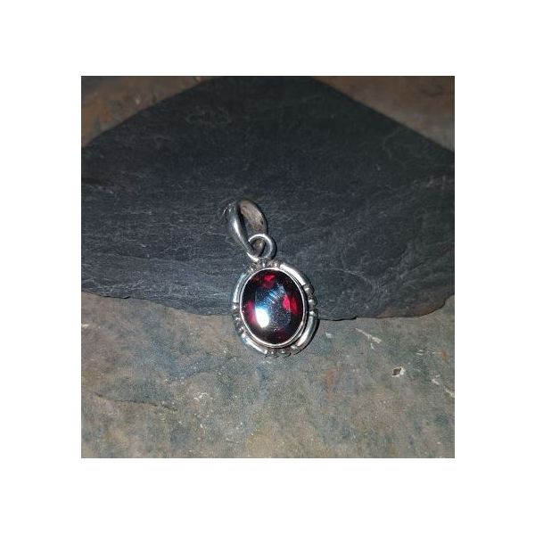 Faceted Oval Garnet in Bezel Set with Bead Detail Vulcan's Forge LLC Kansas City, MO