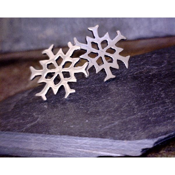Sterling Open Design Snowflake Studs Vulcan's Forge LLC Kansas City, MO