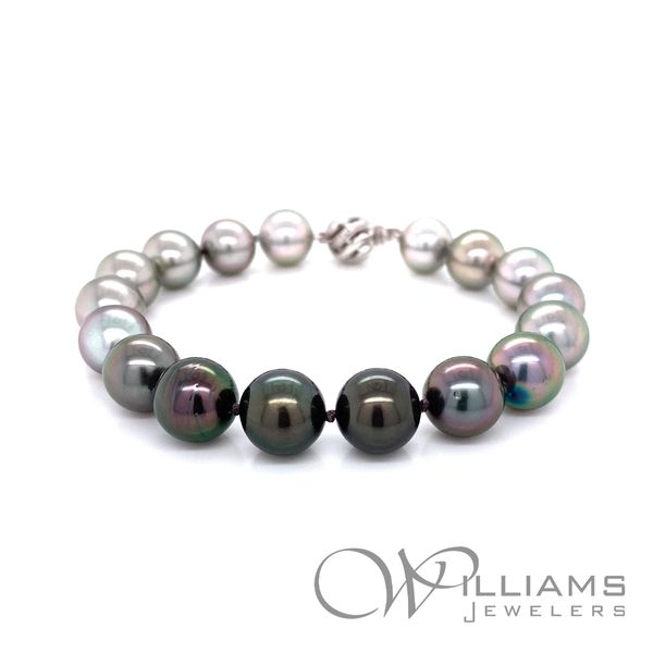 Williams Signature Pearl Bracelet Williams Jewelers Englewood, CO