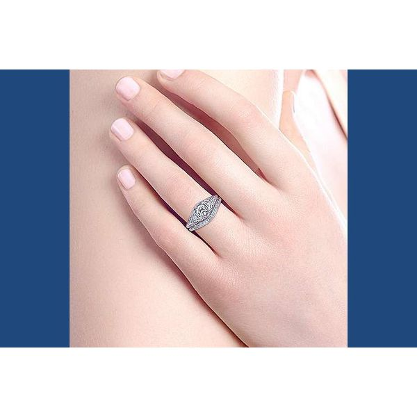 Platinum .60 ctw Diamond Fillagree Engagement Ring Image 3 Your Jewelry Box Altoona, PA