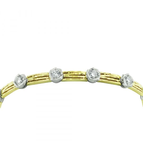 BR104-nature-inspired-diamond-bracelet-in-yellow-and-white-gold-with-hidden-clasp
