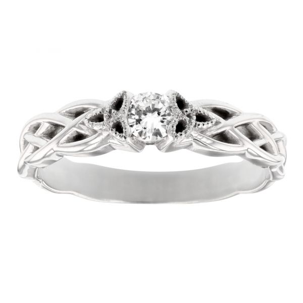 DER121-Engagement-ring-celtic-design-band