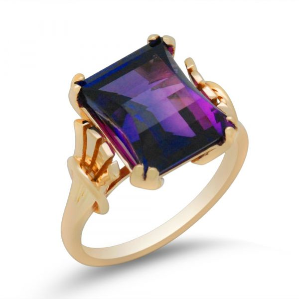 Antique-amethyst-redesign-in-yellow-gold
