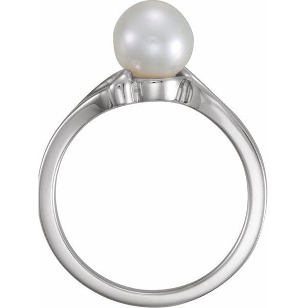 Solitaire Ring for Pearl Image 2 James Wolf Jewelers Mason, OH
