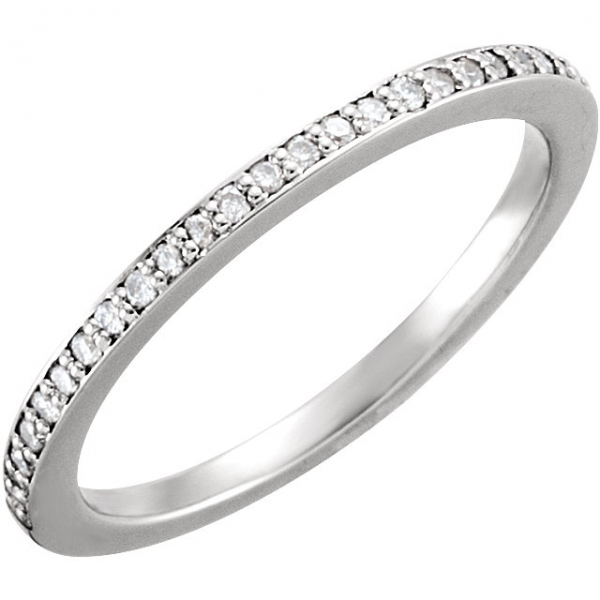 Halo-Style Engagement  Ring  Matching Band Toner Jewelers Overland Park, KS