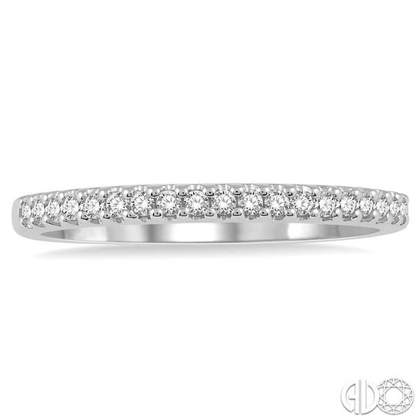 1/6 Ctw Round Cut Diamond Wedding Band in 14K White Gold Image 2 Grogan Jewelers Florence, AL