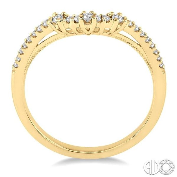 1/5 Ctw Round Cut Diamond Wedding Band in 14K Yellow Gold Image 3 Grogan Jewelers Florence, AL