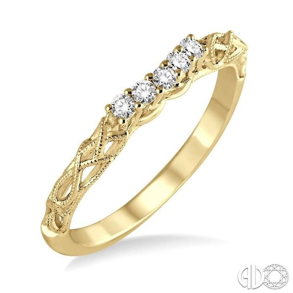 1/10 Ctw Round Cut Diamond Wedding Band in 14K Yellow Gold Grogan Jewelers Florence, AL