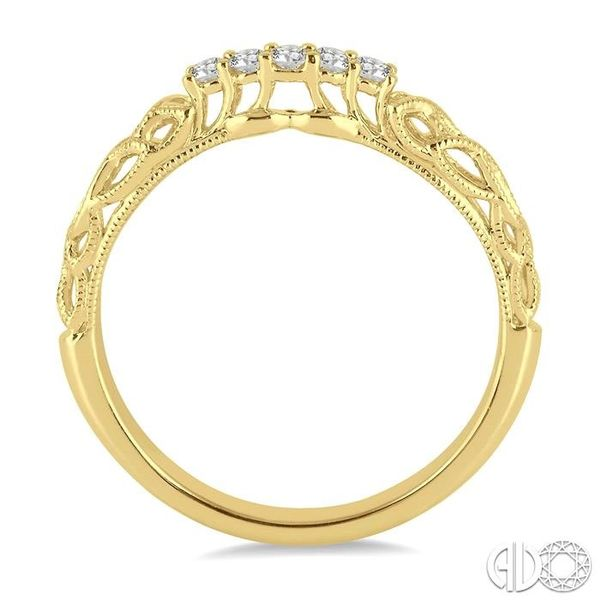 1/10 Ctw Round Cut Diamond Wedding Band in 14K Yellow Gold Image 3 Grogan Jewelers Florence, AL
