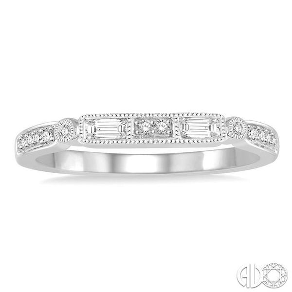 1/5 Ctw Diamond Wedding Band in 14K White Gold Image 2 Grogan Jewelers Florence, AL