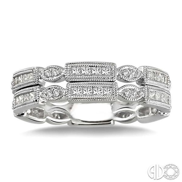 5/8 Ctw Diamond Fashion Ring in 14K White Gold Image 2 Grogan Jewelers Florence, AL