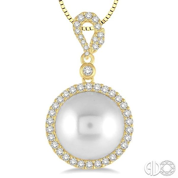 12x12 MM White Cultured Pearl and 3/8 Ctw Round Cut Diamond Pendant in 14K Yellow Gold with chain Image 3 Grogan Jewelers Florence, AL