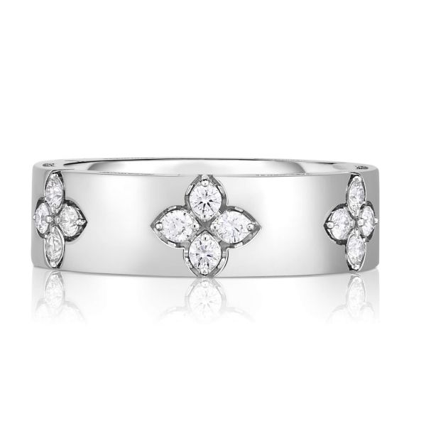 Front - Love in Verona ring with diamonds in white gold