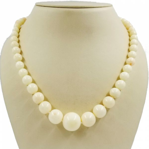 Graduated Coral Bead Necklace Jae's Jewelers Coral Gables, FL