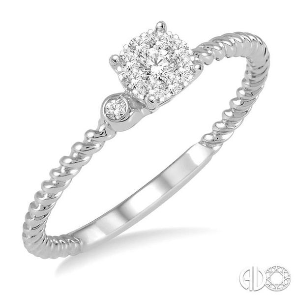 LOVEBRIGHT DIAMOND RING Robert Irwin Jewelers Memphis, TN