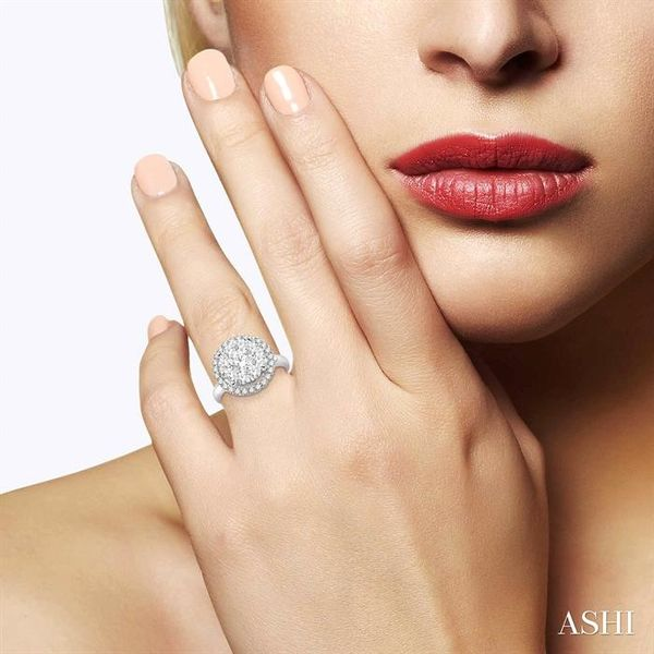 2 Ctw Lovebright Round Cut Diamond Engagement Ring in 14K White Gold Image 4 Robert Irwin Jewelers Memphis, TN
