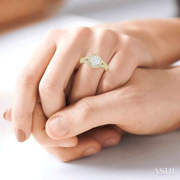 5/8 Ctw Lovebright Round Cut Diamond Engagement Ring in 14K Yellow and White Gold Image 4 Robert Irwin Jewelers Memphis, TN