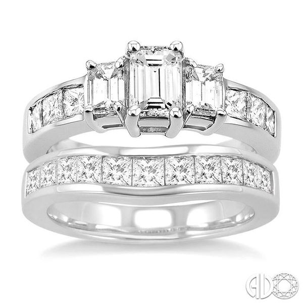 PAST PRESENT & FUTURE DIAMOND WEDDING SET Image 2 Robert Irwin Jewelers Memphis, TN