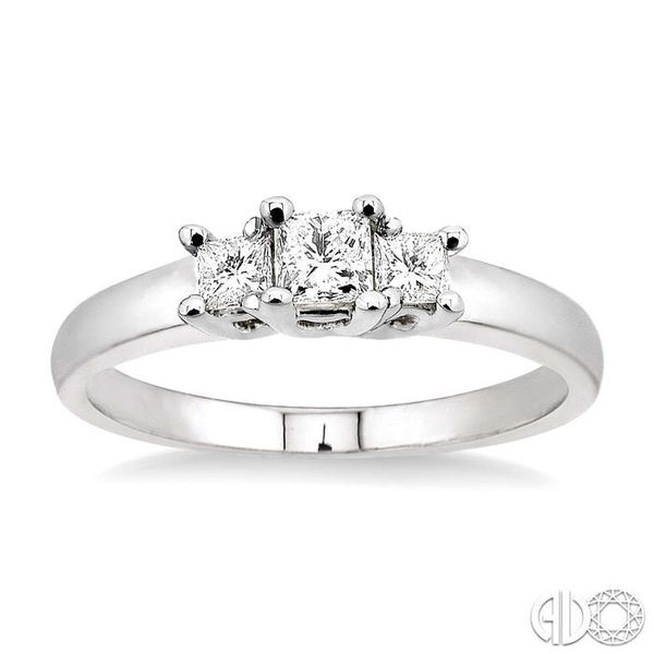 1/2 Ctw 3 Stone Princess Cut Diamond Ring in 14K White Gold Image 2 Robert Irwin Jewelers Memphis, TN