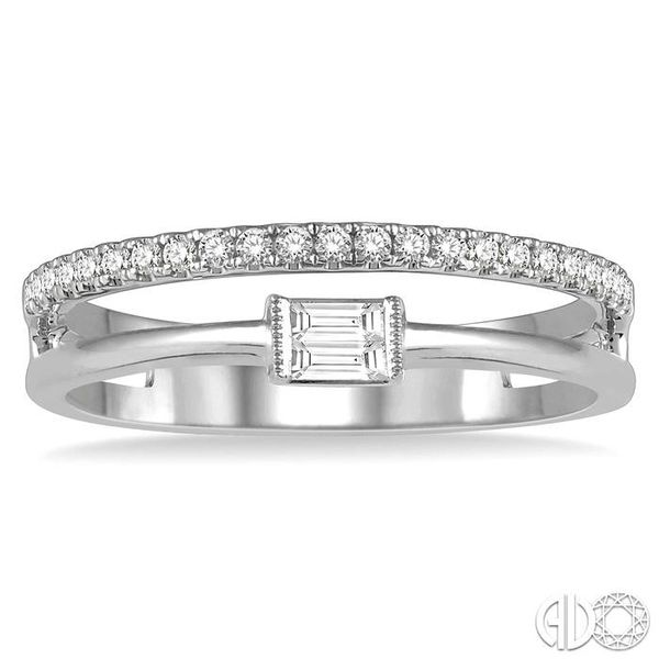DIAMOND FASHION OPEN RING Image 2 Robert Irwin Jewelers Memphis, TN