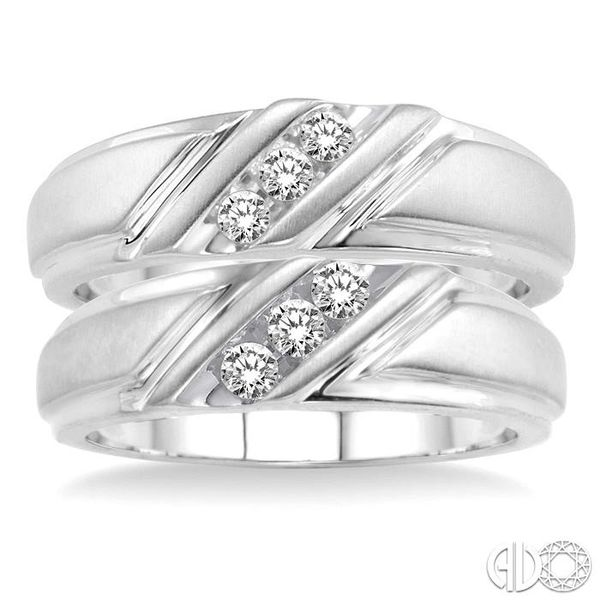 DIAMOND DUO SET Image 2 Robert Irwin Jewelers Memphis, TN