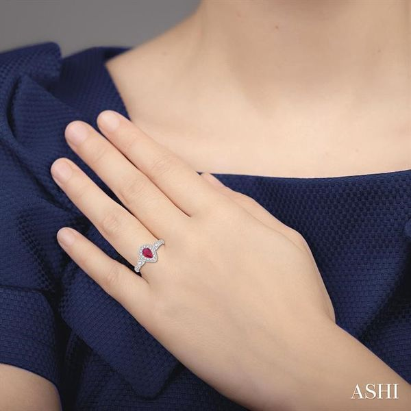 6X4MM Pear shape Ruby Center and 1/4 Ctw Round Cut Diamond Ring in 14K White Gold Image 4 Robert Irwin Jewelers Memphis, TN