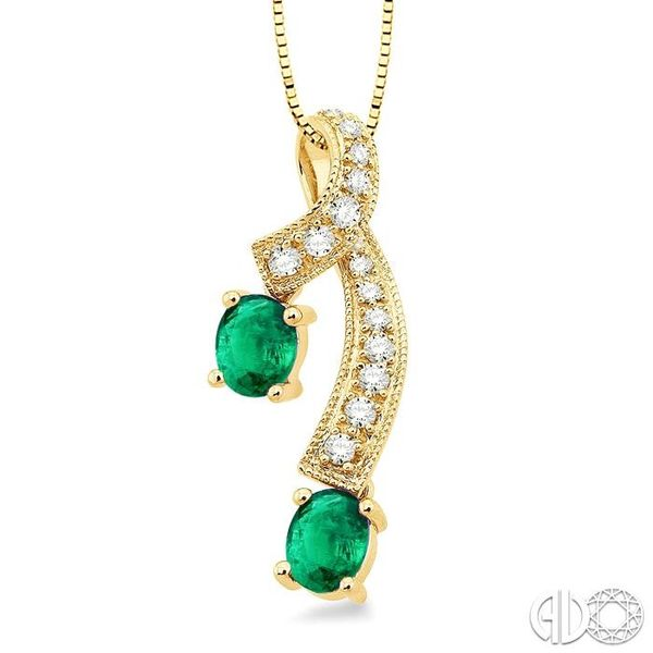 5x4MM Oval Cut Emerald and 1/6 Ctw Round Cut Diamond Pendant in 14K Yellow Gold with Chain Image 2 Robert Irwin Jewelers Memphis, TN