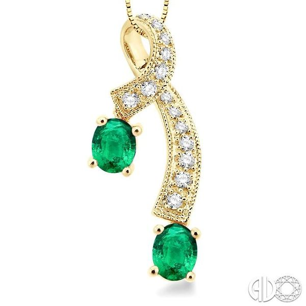 5x4MM Oval Cut Emerald and 1/6 Ctw Round Cut Diamond Pendant in 14K Yellow Gold with Chain Image 3 Robert Irwin Jewelers Memphis, TN