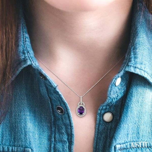 8x6mm Oval Cut Amethyst and 1/4 Ctw Round Cut Diamond Pendant in 14K White Gold with Chain Image 4 Robert Irwin Jewelers Memphis, TN