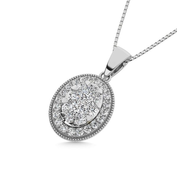 Diamond 1/2.Tw. Round Shape Cluster Pendant in 14K White Gold Image 2 Robert Irwin Jewelers Memphis, TN