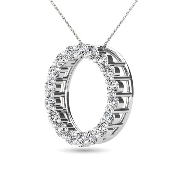 14K White Gold 2/5 Ct.Tw. Diamond Circle Pendant Image 3 Robert Irwin Jewelers Memphis, TN