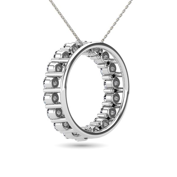14K White Gold 2/5 Ct.Tw. Diamond Circle Pendant Image 4 Robert Irwin Jewelers Memphis, TN
