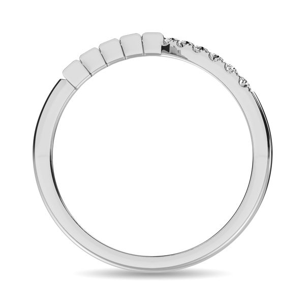 Diamond 1/4 ct tw Round and Baguette Band in 10K White Gold Image 4 Robert Irwin Jewelers Memphis, TN