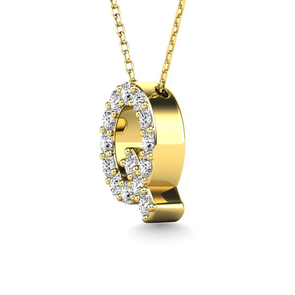 "Diamond 1/6 Ct.Tw. Letter Q"" Pendant in 14K Yellow Gold"" Image 2 Robert Irwin Jewelers Memphis, TN"