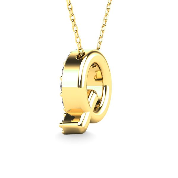 "Diamond 1/6 Ct.Tw. Letter Q"" Pendant in 14K Yellow Gold"" Image 3 Robert Irwin Jewelers Memphis, TN"