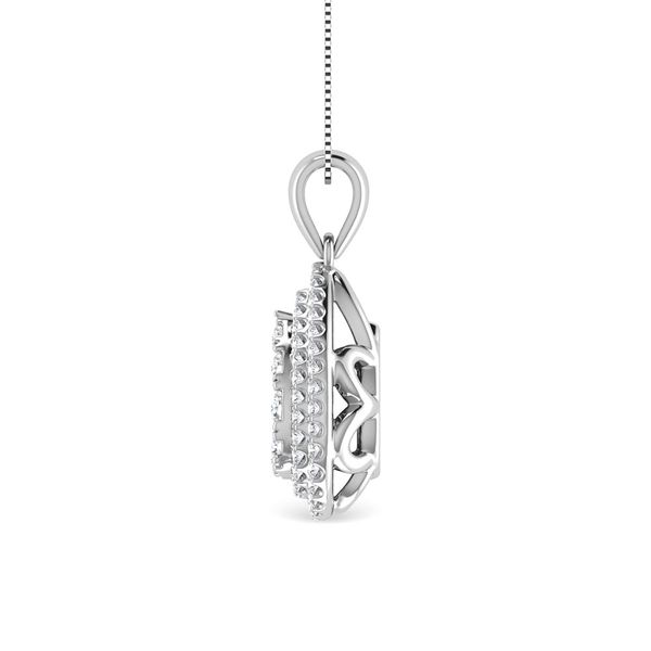 Diamond 3/4 Ct.Tw. Pear Shape Cluster Pendant in 10K White Gold Image 3 Robert Irwin Jewelers Memphis, TN