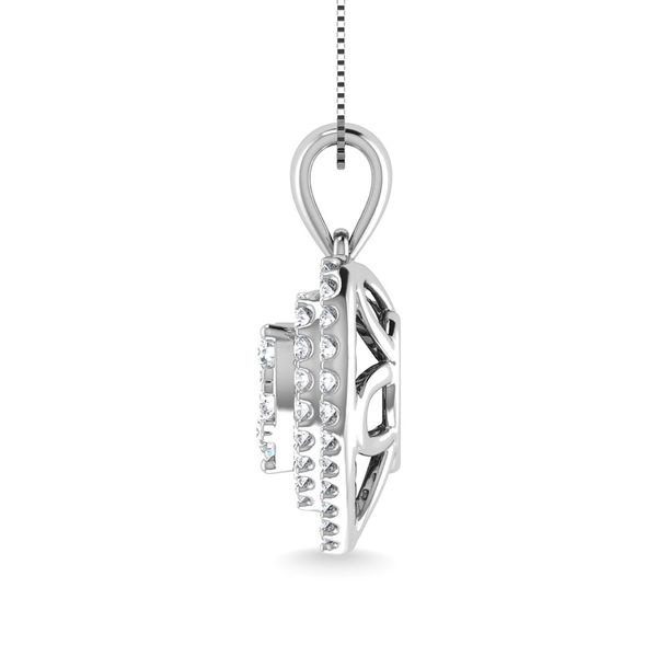 Diamond 3/4 Ct.Tw. Heart Shape Cluster Pendant in 10K White Gold Image 3 Robert Irwin Jewelers Memphis, TN