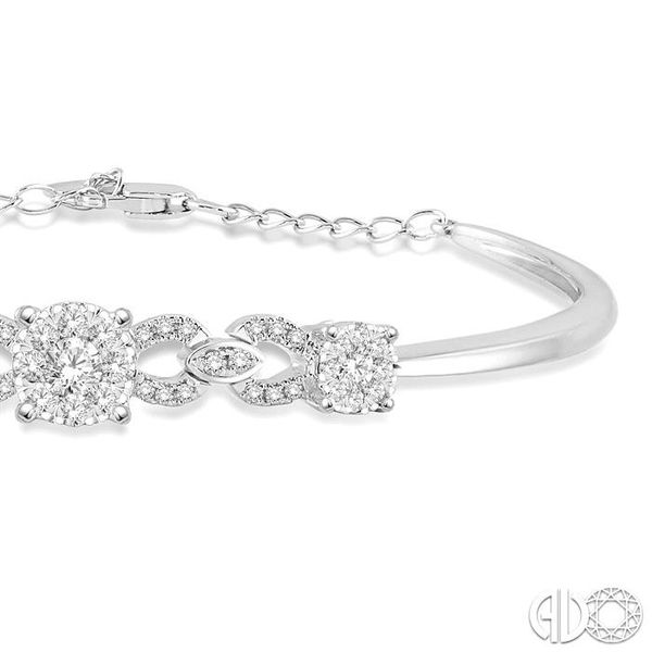 3/4 Ctw Round Cut Diamond Lovebright Bracelet in 14K White Gold Image 2 Robert Irwin Jewelers Memphis, TN
