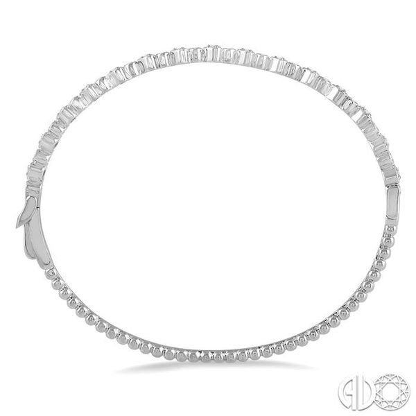 1/2 Ctw Round & Heart Shape Mount Stackable Diamond Bangle in 14K White Gold Image 3 Robert Irwin Jewelers Memphis, TN
