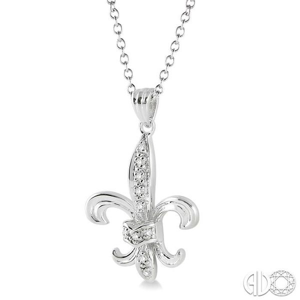1/20 Ctw Single Cut Diamond Pendant in Sterling Silver with Chain Image 2 Robert Irwin Jewelers Memphis, TN