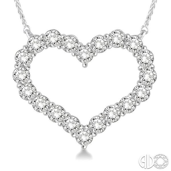 HEART SHAPE DIAMOND NECKLACE Image 3 Robert Irwin Jewelers Memphis, TN