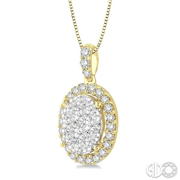 3/4 Ctw Oval Shape Diamond Lovebright Pendant in 14K Yellow Gold with Chain Image 2 Robert Irwin Jewelers Memphis, TN